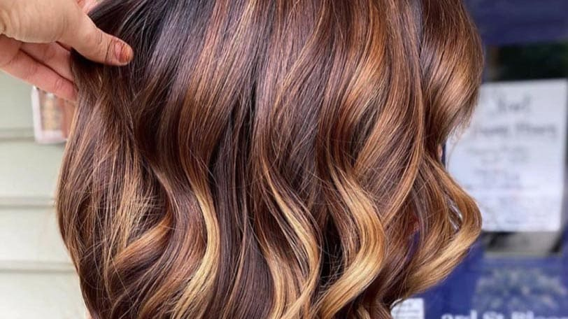 Consider the price of Right Hair Colour Salon